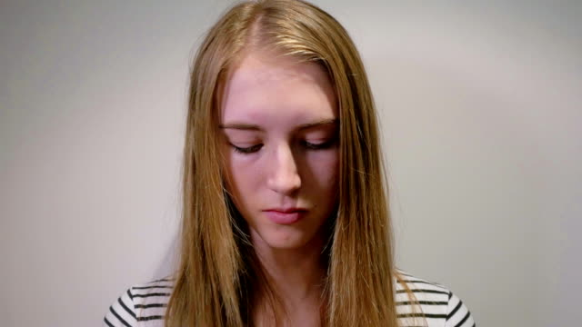 Young Girl Putting Make-up on: Real time Young Girl Putting Make-up: Real time lip liner stock videos & royalty-free footage