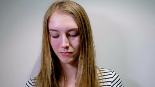 Young Girl Putting Make-up: Real time Young Girl Putting Make-up: Real time lip liner stock videos & royalty-free footage