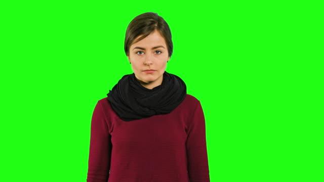 en ung dam rasande och skrek - brun beskrivande färg bildbanksvideor och videomaterial från bakom kulisserna