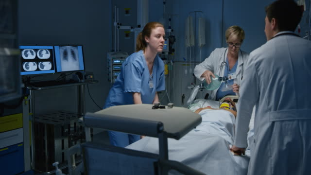 DS Young male going into a cardiac arrest in the intensive care video