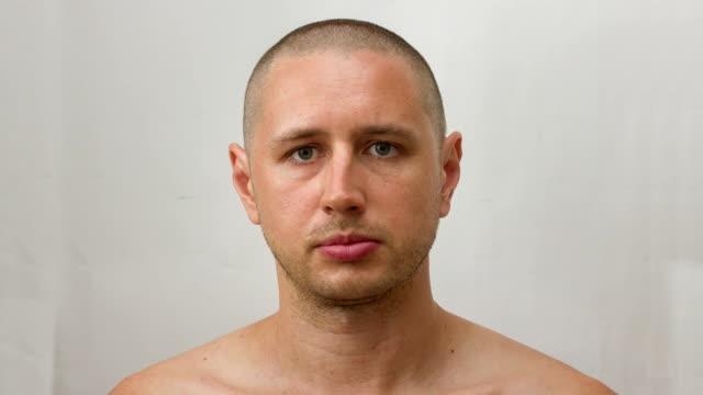 ung - växer hår på huvudet och växer skägg - age bildbanksvideor och videomaterial från bakom kulisserna