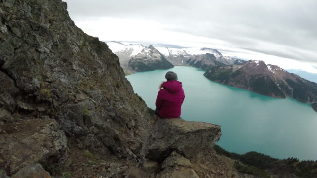 young woman admiring the view - sustainable living stock videos & royalty-free footage