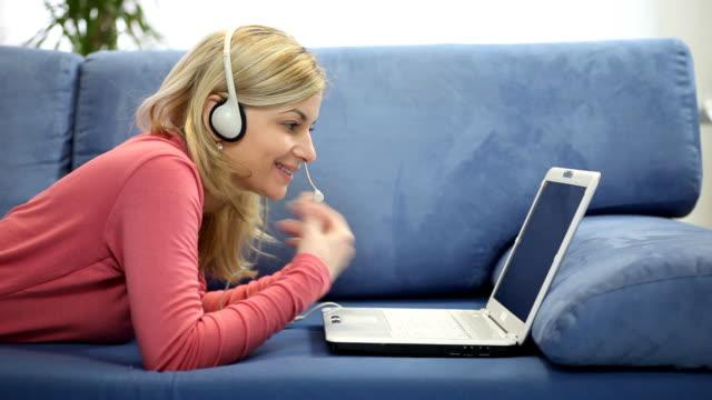 läs in ljudböcker - tjäna extra pengar på nätet