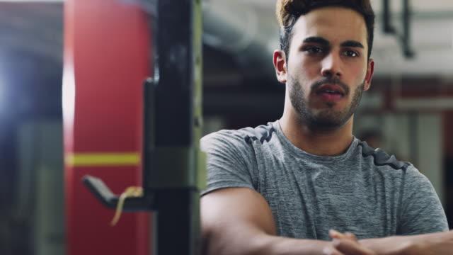 Du musst vor jedem Training dehnen – Video