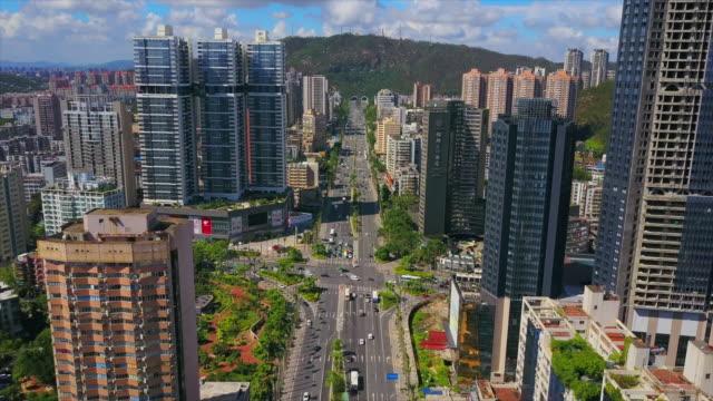 道路トンネル空中パノラマ 4 k 中国珠海都市の景観晴れた日主な交通 - 広東省点の映像素材/bロール