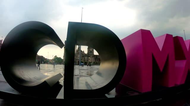 zocalo square, mexico city - город мехико стоковые видео и кадры b-roll