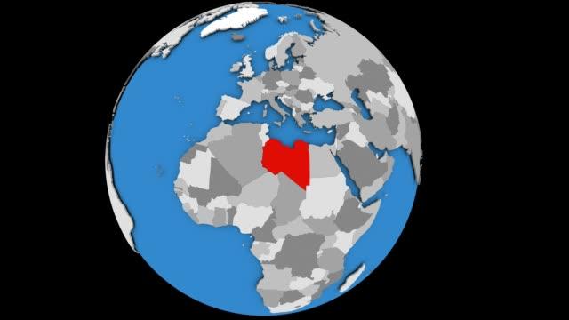 zoom sulla libia sul globo politico - libia video stock e b–roll